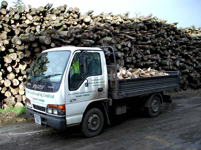 Supporting the log and firewood industry in the Oxford area