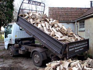 Delivering kiln dried logs didcot