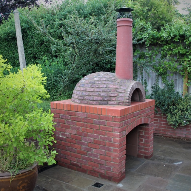Brick pizza oven in Oxford
